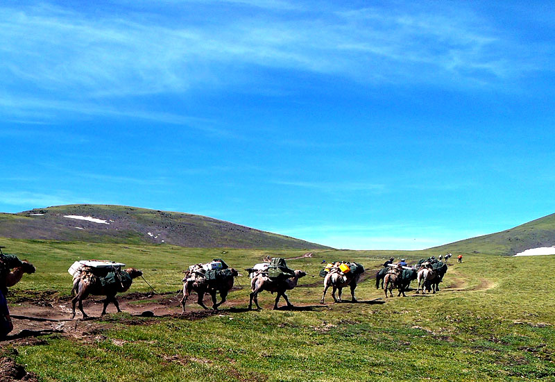 Trekking in Altai Tavan bogd national park